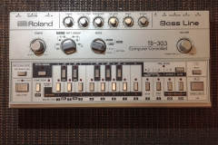 Repair Roland TB-303 (Beukhoven) Analog Synthesizer