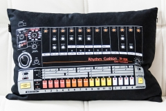 My TR808 Rhythm Cushion @ Jürgen Driessen Studio