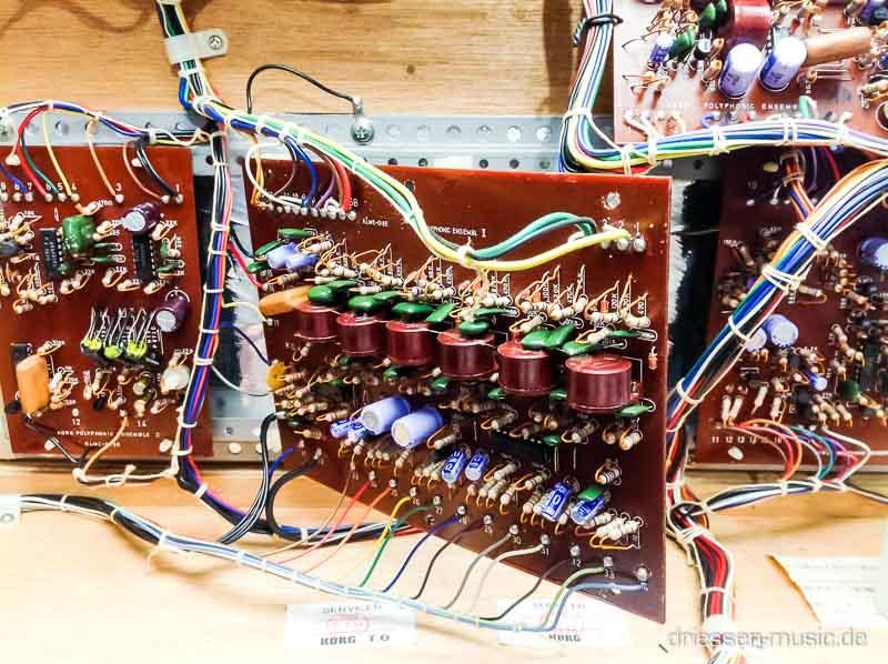Repair Korg Polyphonic Ensemble 2000 Vintage Analog Synthesizer Reparatur Service