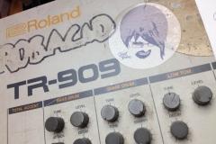 Repair Roland TR909 (Robert Babicz) Drum Machine-2
