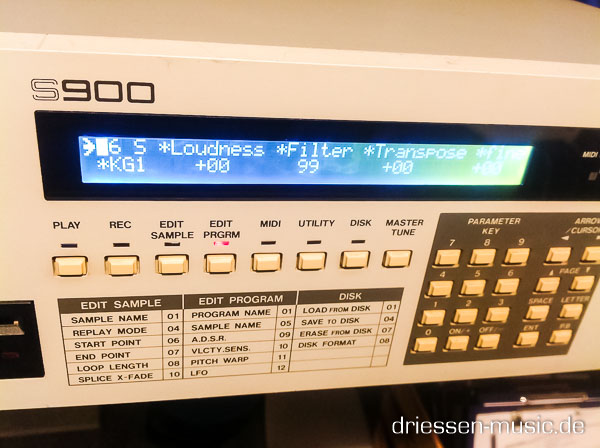 Repair Akai S900 12 Bit Sampler