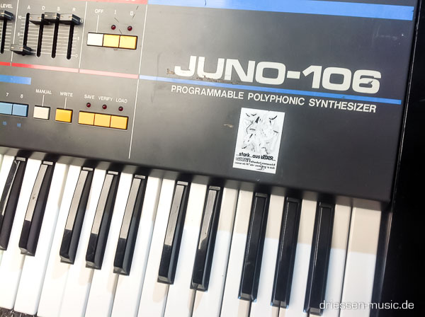 Repair Roland Juno 106 Vintage Analog Synthesizer