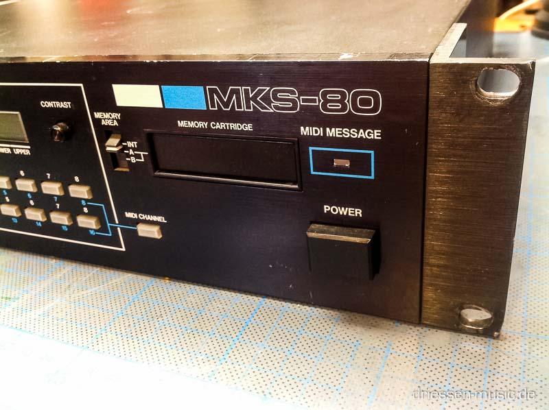 Repair Roland MKS-80 Vintage Analog Synthesizer Reparatur Servic
