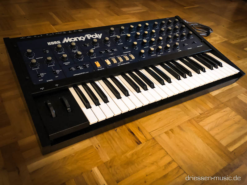 Repair Korg MonoPoly Vintage Analog Synthesizer Reparatur Servic