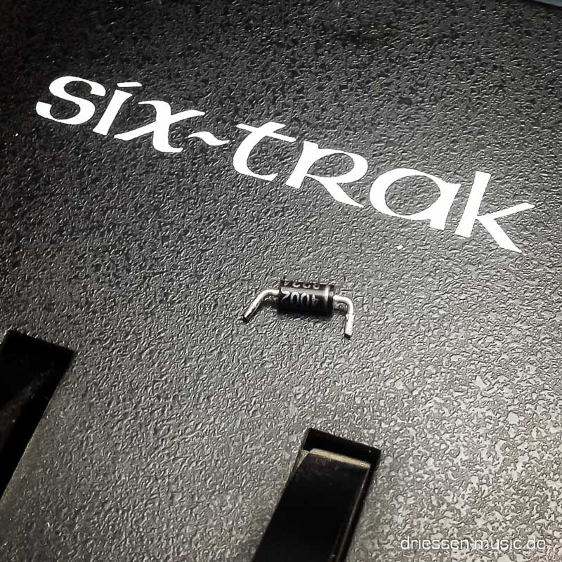 Repair Sequential Circuits Six-Trak Vintage Analog Synthesizer R
