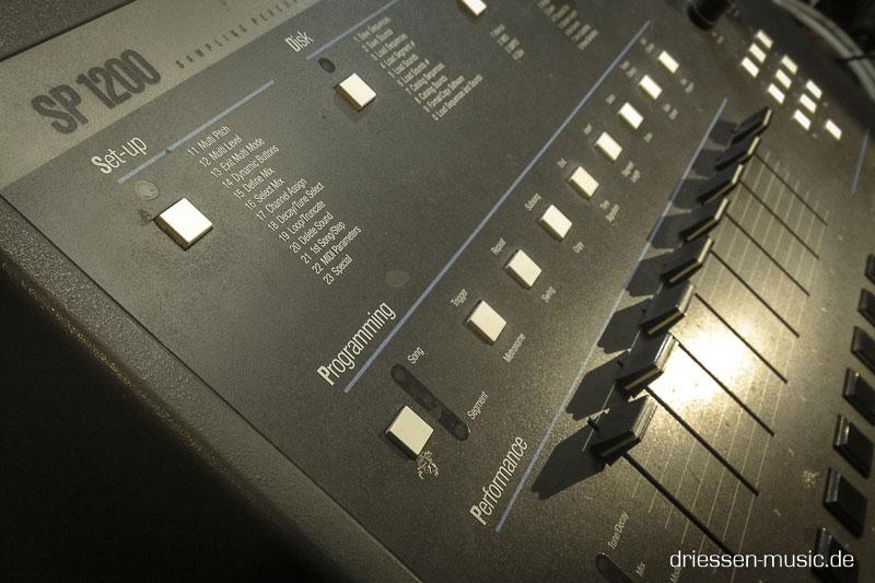 EMU SP1200 Vintage Drum Computer Reparatur Service