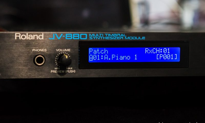 Roland JV-880 Display