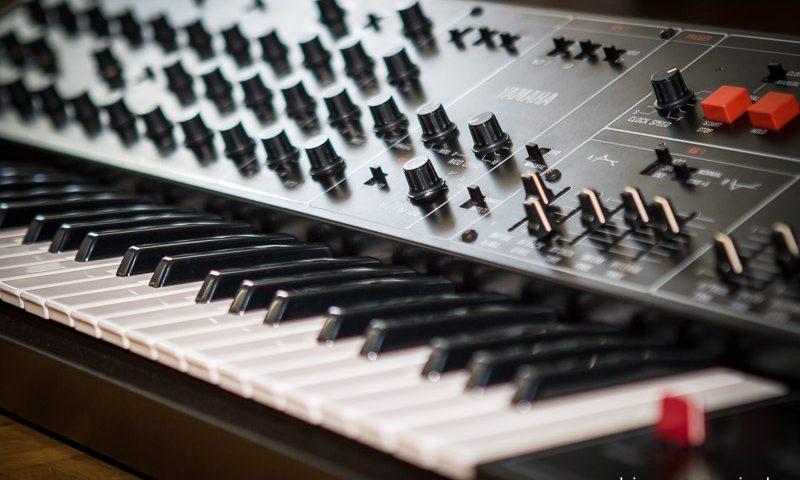 Repair Yamaha CS30 Synthesizer Reparatur Service