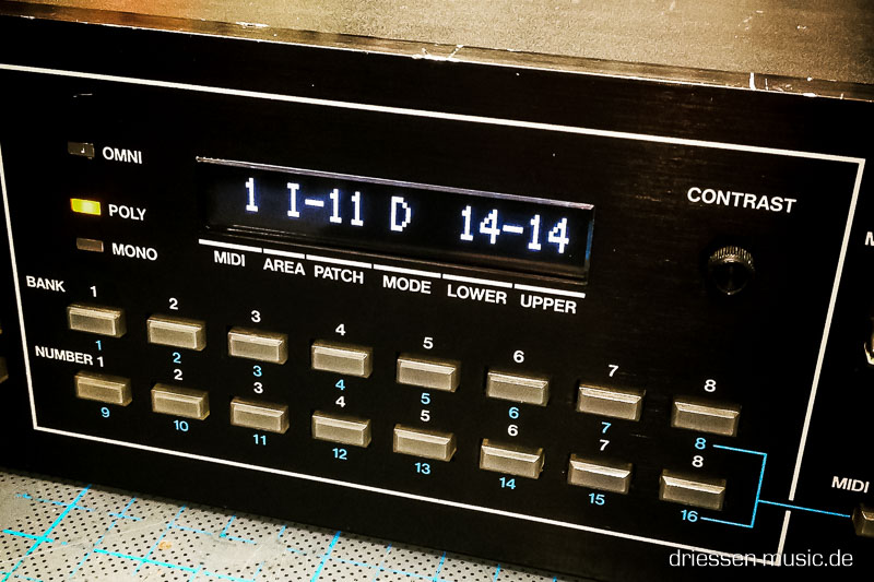 Synthesizer Display Roland MKS-80 with an new OLED display.